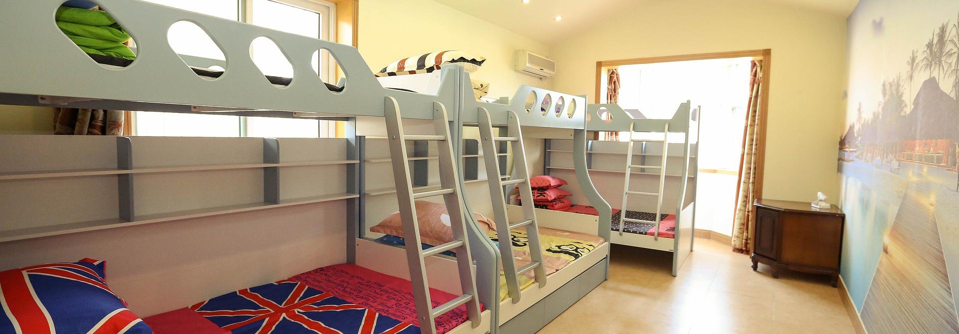 Group hero banner bunk beds